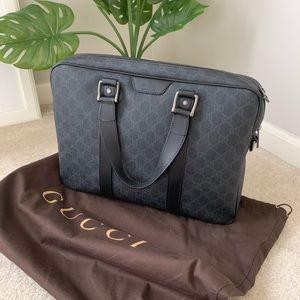 ⭐️Gucci GG supreme canvas briefcase